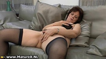 all-natural mature wifey in wonderful ebony