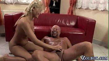piss play silver-blonde pissing