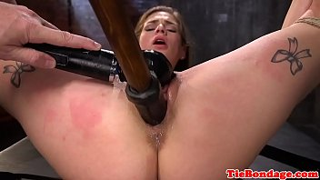 confined nubile gimp pussytoyed by male.