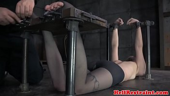 servant victim foot disciplined before toyed