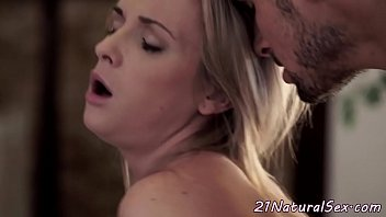 doggystyle penetrated cutie fellates paramours manstick