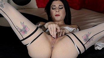 stunning goth emo kneads her wet.