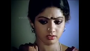 sridevi beautiful actressremoving her half-top and flashing her brassiere