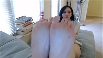 gisele feet jerk off instructions -.