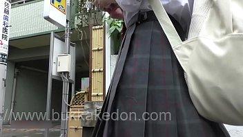 hidden cam upskirt of japanese 02