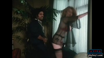 youthfull ron jeremy poking a gigantic breasts cougar.